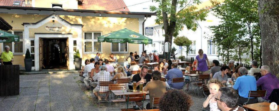 gemütlich sitzen und genießen im  Biergarten vom Gasthaus Tell