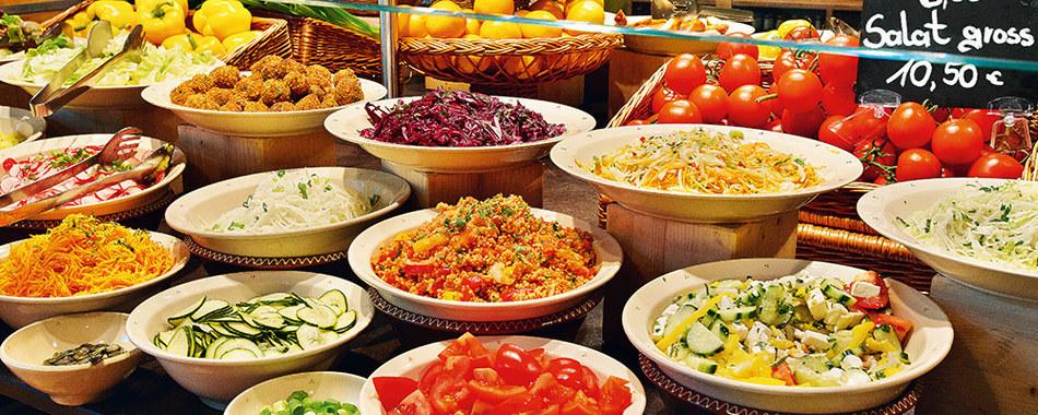 Mittagessen im Fenepark Restaurant in Kempten - Riesen Auswahl - Bitte bedienen Sie sich am Buffet