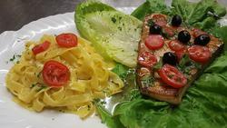 mediterrane Spezialitäten - nicht nur zum Mittagessen