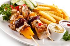 mittags und abends lecker essen im Bäumle in Tettnang