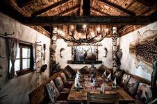 tolles Ambiente in der Alten Schmiede - täglich wechselnde Gerichte - großes Wild- und Fischangebote