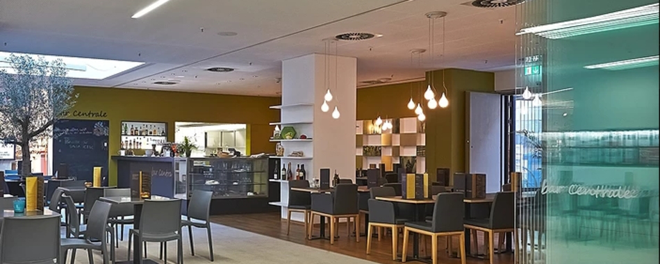 gemütlich sitzen und genießen - in der bar central in Kaufbeuren - zum Frühstück und gerne auch zum Mittagstisch mit täglich wechselnden Angeboten
