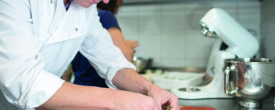 Frühstück oder Essen gehen Dietenheim. Alle Restaurants, viele Cafés, Wochenmenüs und Tagesmenüs. Das Stadtcafé in Dietenheim in der Königstraße bietet Ihnen eine vielfältige Auswahl an wechselnden Mittagessen.