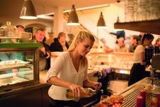 Alle Restaurants, viele Cafés, Wochenmenüs und Tagesmenüs. Das Stadtcafé in Dietenheim in der Königstraße bietet Ihnen eine vielfältige Auswahl an wechselnden Mittagessen. Das Team vom Stadtcafe in Dietenheim freut sich auf Sie!