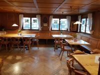 Essen gehen in und um Lindenberg. Alle Restaurants, Metzgereien, Imbisse mit deren Wochenmenüs und Tagesmenüs. Der Traditionsgasthof Zum Löwen in Lindenberg bietet Ihnen eine vielfältige Auswahl an wechselnden Mittagessen.