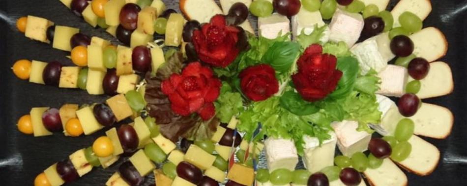 Essen gehen im Bistro der Metzgerei Klobeck in Weilheim. Wochenmenüs und Tagesmenüs. Die Metzgerei Klobeck in Weilheim bietet Ihnen eine vielfältige Auswahl an wechselnden Mittagessen.