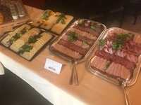 eine große Auswahl an Wurst- und Käsesorten beim Brunch in der Weinstube Frey in Lindau