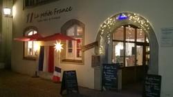 Essen und trinken wie Gott in Frankreich im La petite France in Lindau. Feine kleine Bistrogerichte, ausgewählte Weine und Köstlichkeiten. DasLa petite France in Lindau bietet Ihnen eine vielfältige Auswahl leckeren Imbissen.
