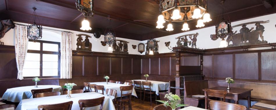 Gemütlich sitzen und genießen. In der Stube der Tettnanger Krone - Mit wechselndem Mittagstisch - Mittagessen in der Tettnanger Krone - alle Restaurants, Gasthöfe, Imbisse und Cafés in Tettnang