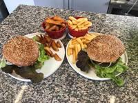 Mediterrane Küche ist lecker und gesund. Ob Restaurant, Imbiss, Gasthaus, Hotel oder Feinkostladen - in Lindenberg gibt es eine Vielzahl an täglich wechselnden Mittagsangeboten, Aboessen oder Tagesessen - wie zum Beispiel das Bistro Relax in Lindenberg