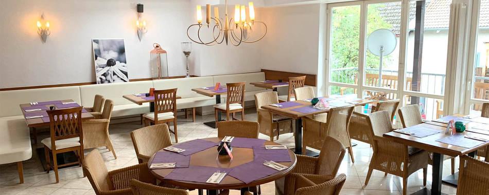 mittags und abends - mediterraner Genuss im Restaurant Dolce Vita in Isny. Bei guter Witterung gerne auch auf unserer gemütlichen Terrasse.