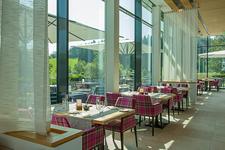 Das edita Restaurant steht nicht nur den Hotelgästen, sondern auch den Einwohnern und Besuchern von Scheidegg offen, gerne auch zum Mittagstisch