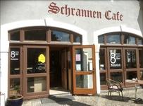 Gemütlich sitzen und genießen. Feiern mit Freunden, Familie und Kollegen - im Schrannen-Cafe in Schwabmünchen - Immer der passende Rahmen für Ihre Feier oder Veranstaltung - Leo Hörber und sein Team vom Schrannen-Cafe freuen sich auf Ihren Besuch.