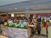 Neu-Ulm Restaurant Münsterblick Mittagstisch wird serviert - Guten Appetit - Reichhaltige Speisekarte - lecker und fein essen