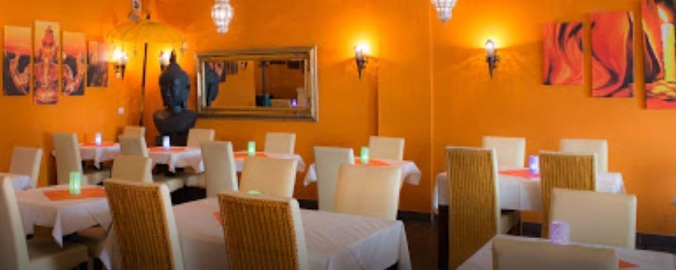 Gemütlich sitzen und genießen. Essen mit Freunden, Familie und Kollegen - im India House in Ravensburg - Mittagstisch - Grillbuffet - Aboessen - Tagesgerichte