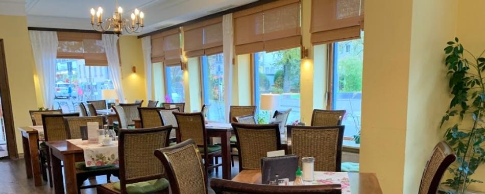 Orient Express im Park Cafe in Immenstadt - wenn es mittags auch mal schnell gehen muss. Täglich wechselnde Mittagsangebote im Lokal und auch zum Mitnehmen