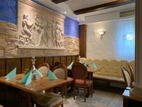 Gemütlich sitzen und genießen. Essen mit Freunden, Kollegen und Familie - in der Taverna Limani in Schwabmünchen essen gehen - Mittagstisch - Tagesgerichte - ein kleines Stück Griechenland in Schwabmünchen