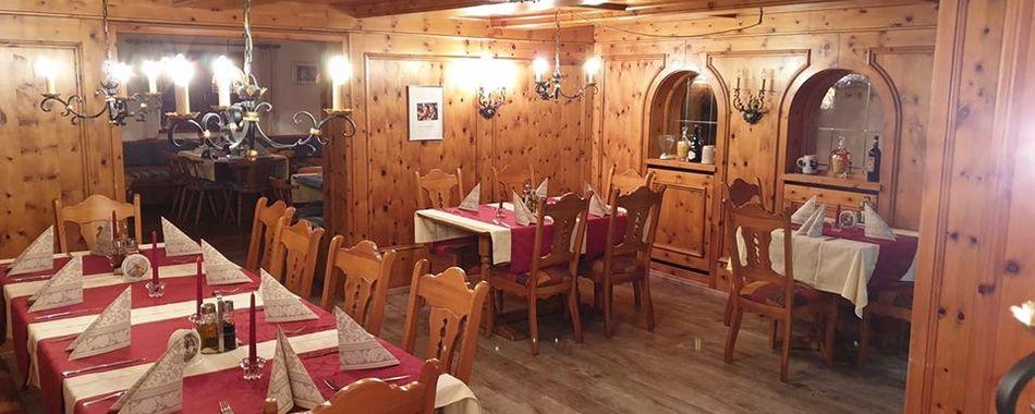 Gemütlich sitzen und genießen. Essen mit Freunden, Kollegen und Familie - ins Terazza 2 in Buchenberg essen gehen - Mittagstisch - Tagesgerichte - Restaurants - Imbisse - Mittagessen