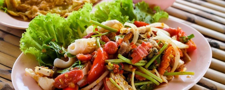 Thailändische Gerichte, Wok Restaurant - Imbiss - Wan Tan - mittags und abends - Catering - Abholservice