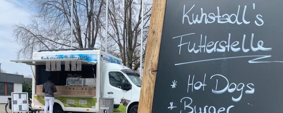 Kuhstadl's Futterstelle - Imbiss - Burger - Hotdogs - Kässpatzen und mehr für Ihre Mittagspause in Kempten im Gewerbegebiet