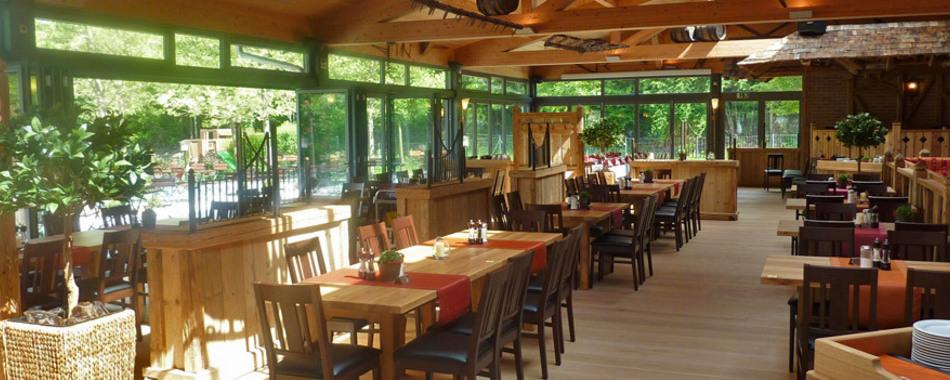 Mittagessen in der Alp-Villa